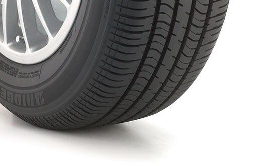 Bridgestone Blizzak LM 25 RFT 205/55R16 | Bridgestone Tires